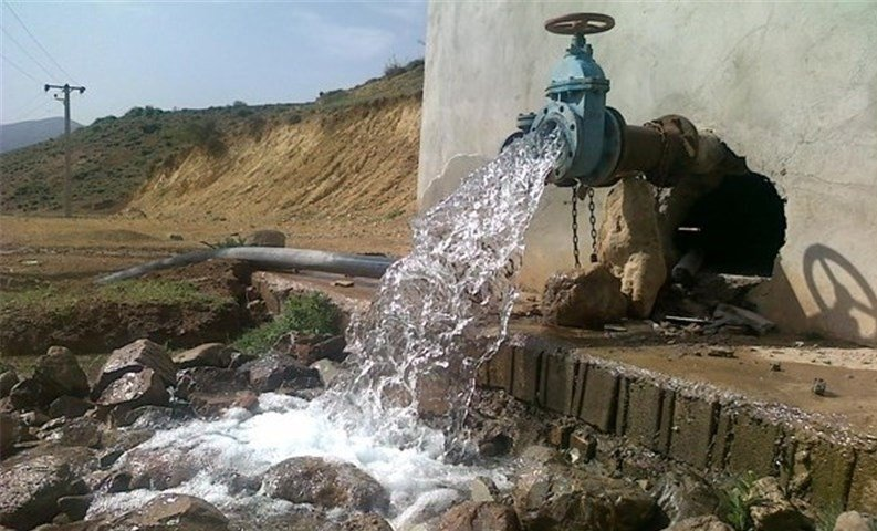 کشاورزان برای تامین سوخت چاههای آب کشاورزی در سامانه وزارت نیرو ثبت نام کنند